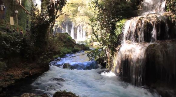 Водопад  Верхний Дюден очарователен