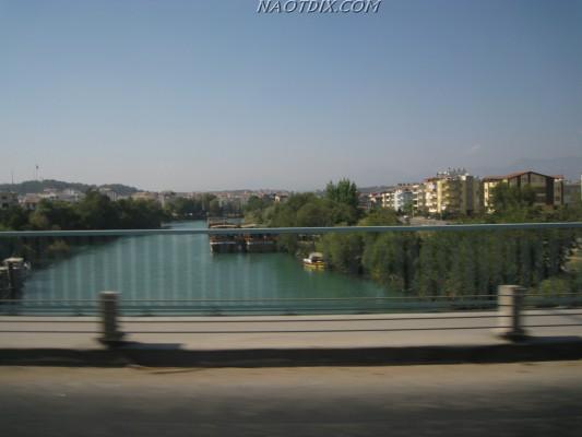 Вид с моста на реку Манавгат