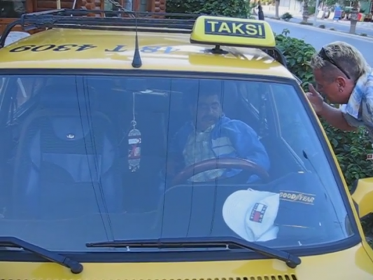 Такси в Мармарисе – это практически роскошь, так как цены на бензин весьма высоки.