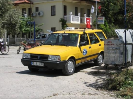 Возле дорогих отелей цена такси будет несколько выше, чем в городе